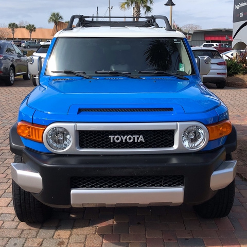 Pre-Owned 2007 Toyota FJ Cruiser 4DR 4WD AT